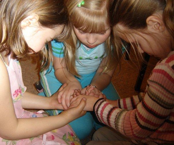 children-praying1