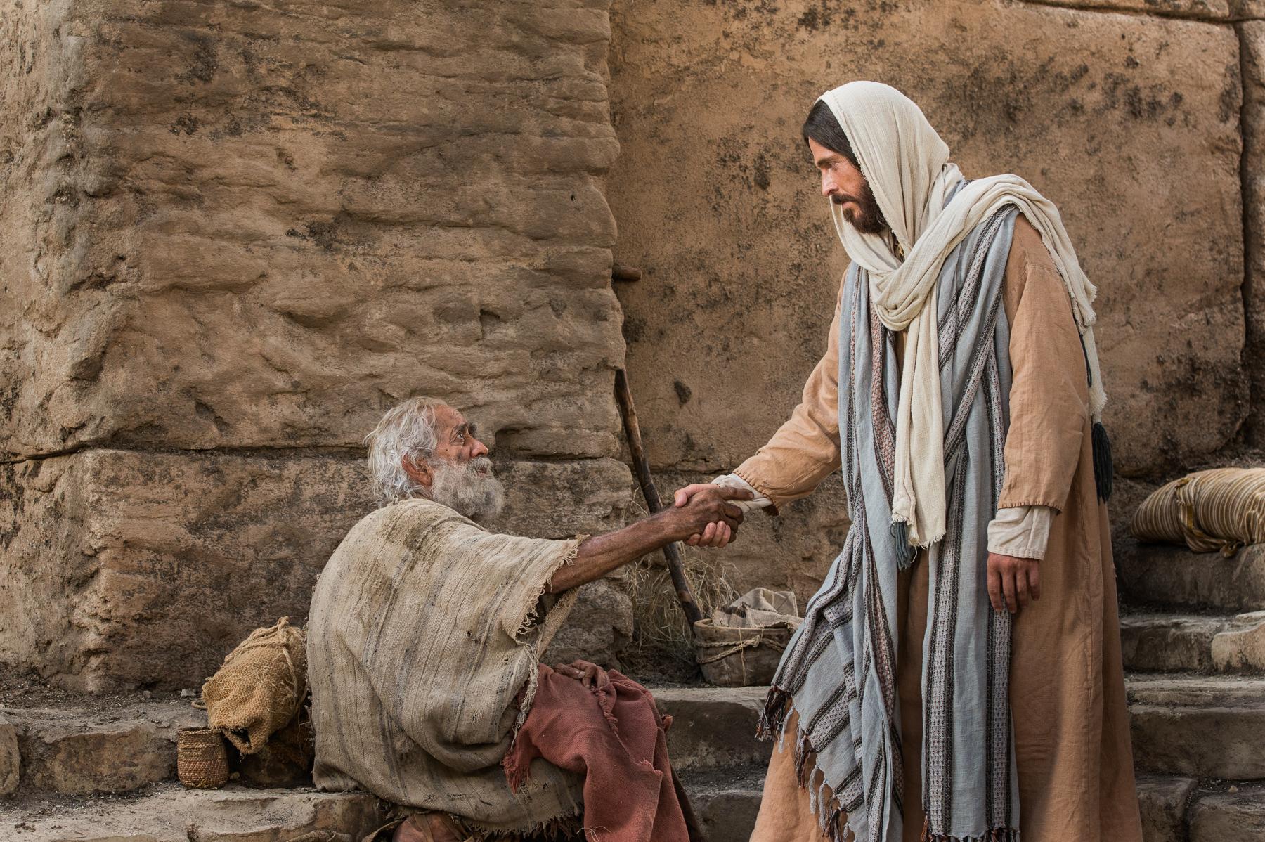 Jesus-heals-a-paralyzed-man